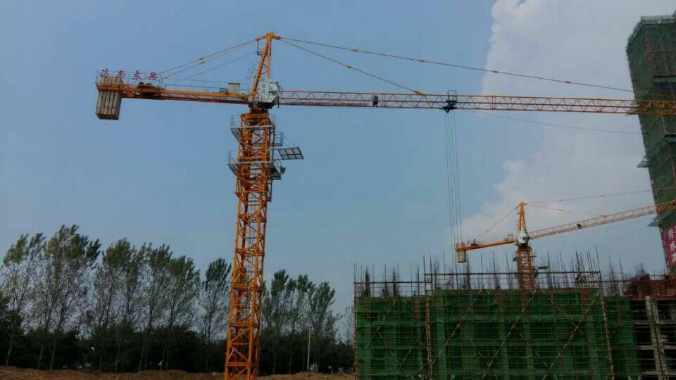 Dongyue tower crane in Gansu Province